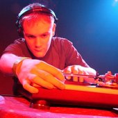 DJ XO