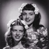sisters - Rosemary-and-Betty-Clooney