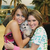 Miley Cyrus & Emily Osment