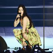 Lana Del Rey On Satge (PARADISE TOUR)