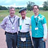 Pablo Perez mit Pat Boone in Schottland