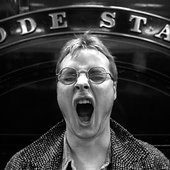 andy partridge photographed at the Swindon Steam Museum 1984