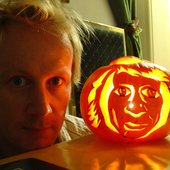 Garret 'Jacknife' Lee and Ryder's pumpkin portrait. Farnham Surrey England. Photo: Ryder Robison.