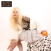 AbaNDa SHAKE - Cat - White