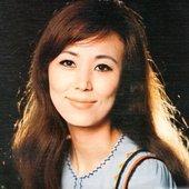 西田佐知子