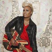 emeli-sande_britain-guitar