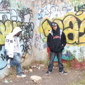 dyad souls wall