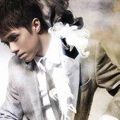 Hins Cheung