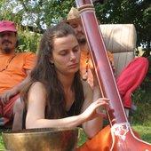 Amuna playing the Tanpura