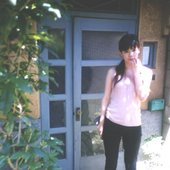 aiko in front of her home maybe >.<