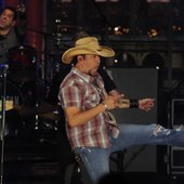Jason Aldean performs at Live on Letterman
