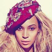 Beyoncé on 4's Photoshoot.