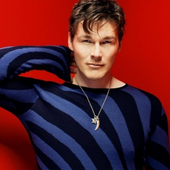 Morten Harket red & blue