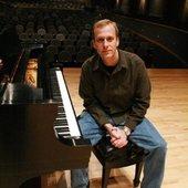 Greg Howlett