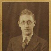 Harry Parr Davies Net Worth
