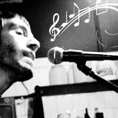 "Gabriel Manfredi \""Hapri\"" dibuja música"