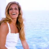 Dalida on holiday in Crete (1980)