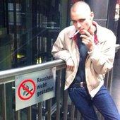 Drangsal_Max_Gruber__smoking.jpg