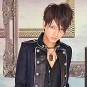 AKi, シド bassist.