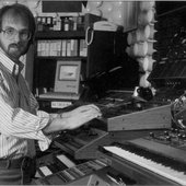 Alan Howarth em 1986.