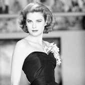 grace-kelly-in-black-gown-1954