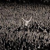 sea of hands