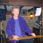 Al Jones, English Folk singer in 1998