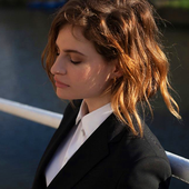 Christine and the Queens PNG