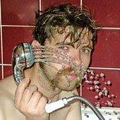 DEUCE_sie_prysznicuje (djus is tejkin a szauer, eksplajnin dis for ju ju elej priks)