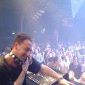 Sisma DJ