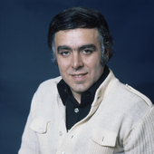 Eurovision_Song_Contest_1976_-_Portugal_-_Carlos_do_Carmo_6.png