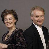 Michala Petri, recorder; Lars Hannibal, lute and guitar