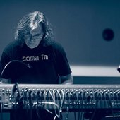 Steve Roach during soundcheck at SoundQuest in 2010, Tucson, Arizona. Photo by ometmoth Sight & Sound / Adam Fleishman