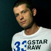 DJ Observer & Daniel Heatcliff vs. Yuri Kane