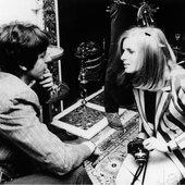 Paul meets Linda