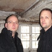 Lars Hofmann & Ronald Kraft (Second Disease 2009)