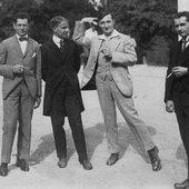 Alois Hába, Philipp Jarnach, Ernst Krenek (von rechts), 1921