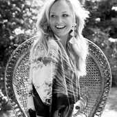 Emma Bunton for Easy Living