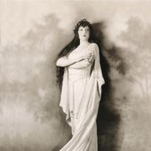 Rosa Ponselle in the title role of Bellini's Norma.Photograph by Herman Mishkin.