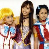 Fujimoto Miki With Okai Chisato & Hagiwara Mai