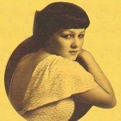 Loretta Lee