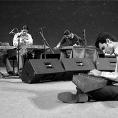 Siamak Aghaei & Santour Navazaan Ensemble