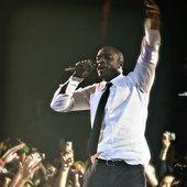 Akon Live