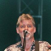 Simon Nicol