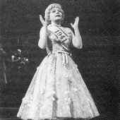 Dorothy Colliins in FOLLIES
