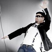 DJ Tom Hopkins