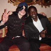 MJ featuring Akon