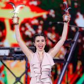 Javiera Mena en el Festival de Viña del Mar 2016
