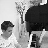 Jonathan Keith in studio
