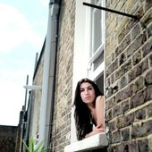 Amy winehouse Brick House